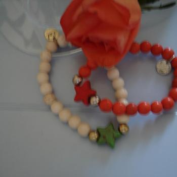 bracelet-perles-etoiles.jpg