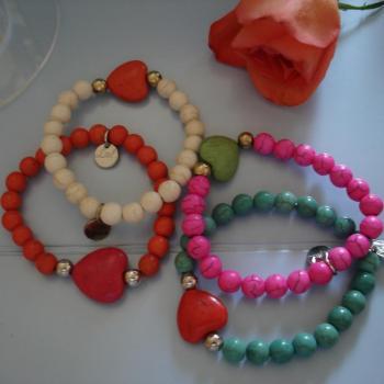 bracelets-perles-coeurs-2.jpg